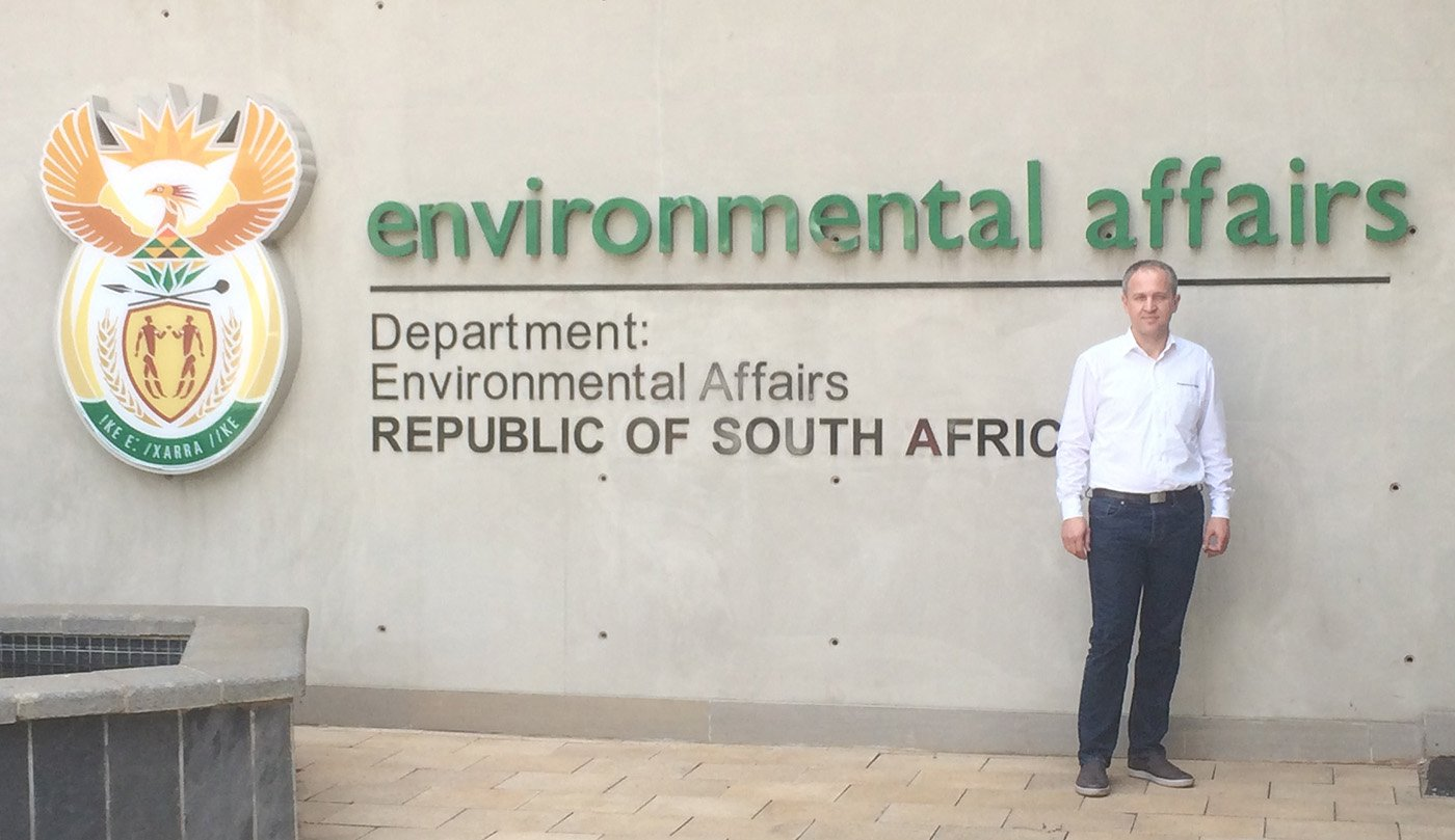 2016_11_praesentation-bei-department-of-environmental-affairs-suedafrika-1retusch